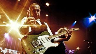 Status Quo Live In Montreux image
