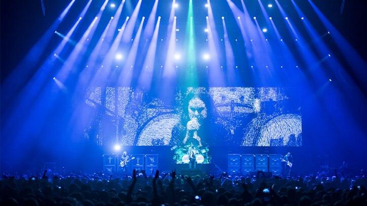 Watch Black Sabbath - The End Online