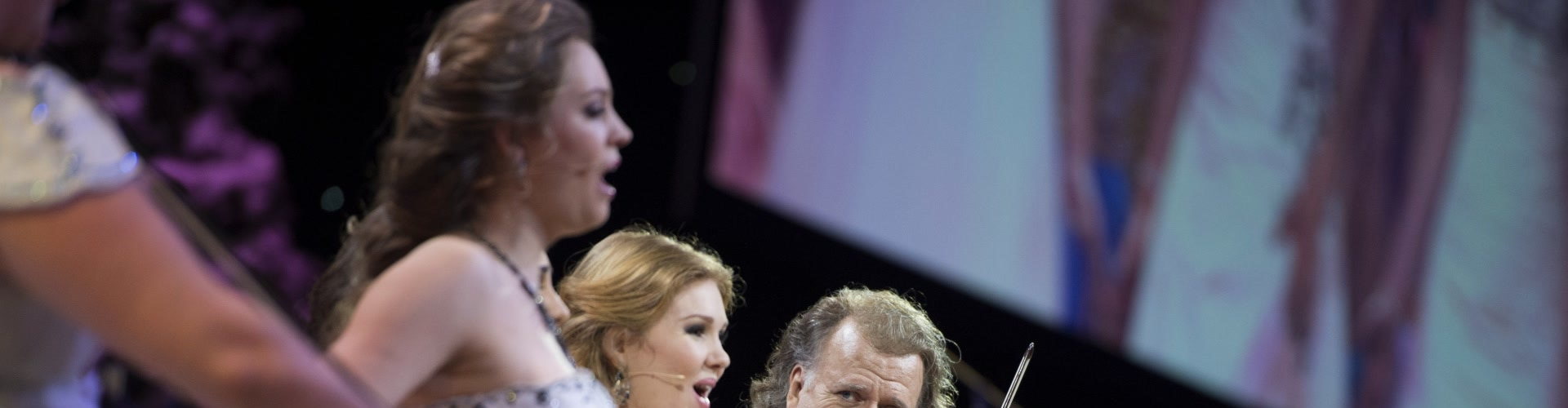 Watch Andre Rieu: Christmas In... Online