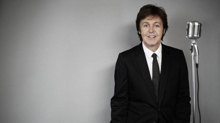 Watch Paul McCartney: Live Kisses Online