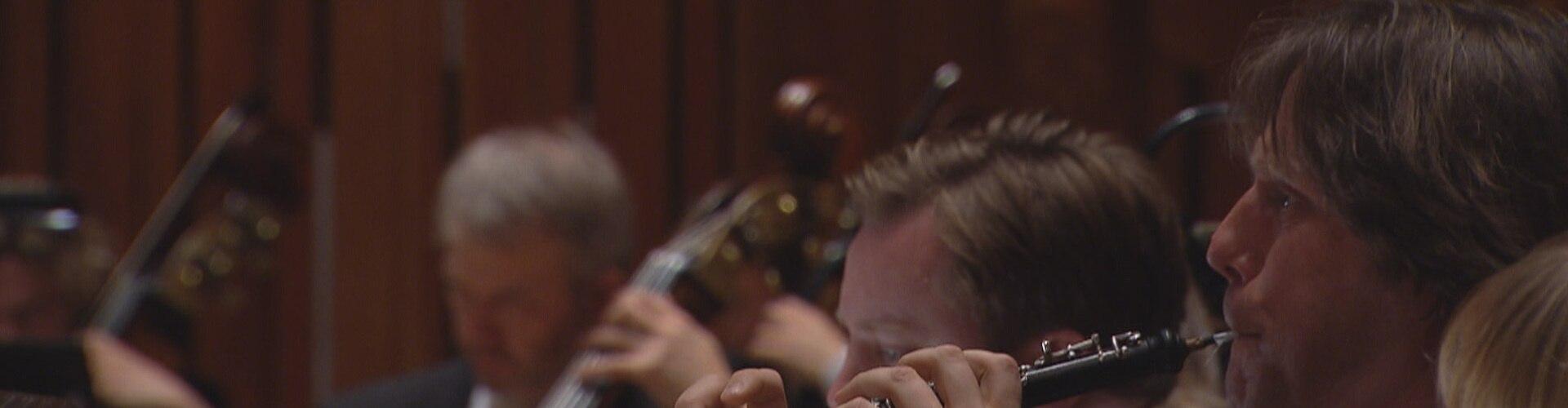 Watch Brahms & Szymanowski Symphony 2 Online