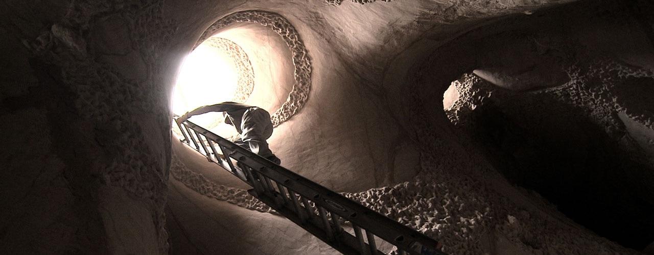 Watch Cave Digger Online