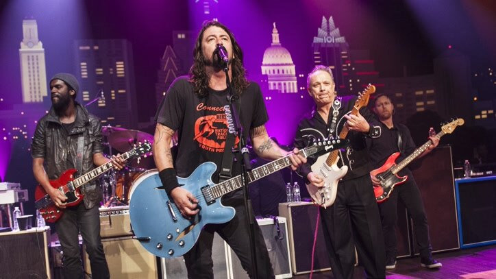 Watch Foo Fighters: Austin City... Online