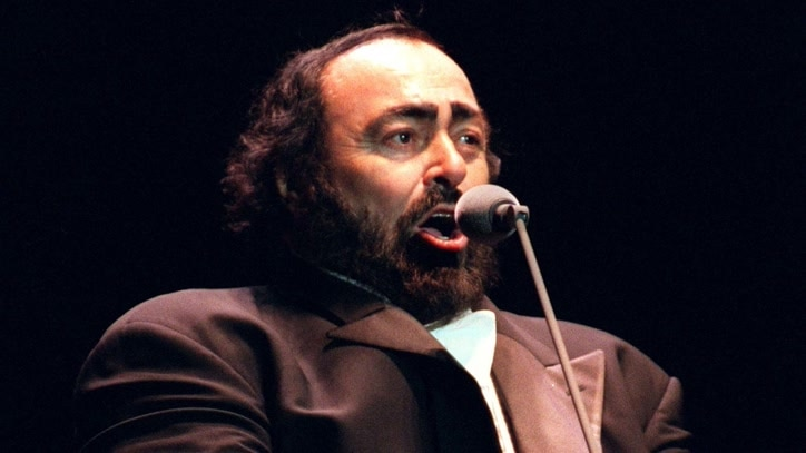 Watch Pavarotti: A Voice For The Ages Online