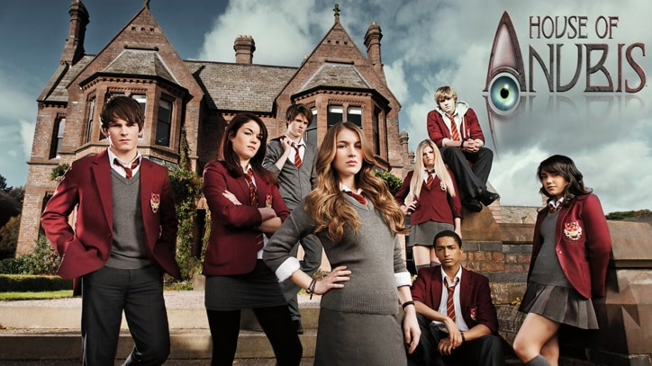Watch House of Anubis Online
