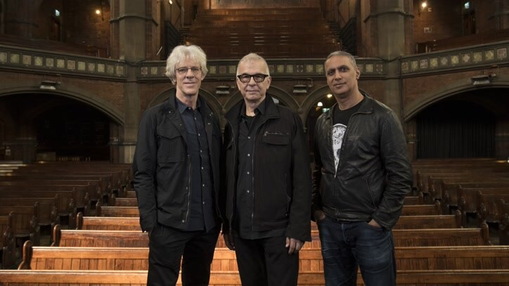 Watch Tony Visconti's Unsigned... Online