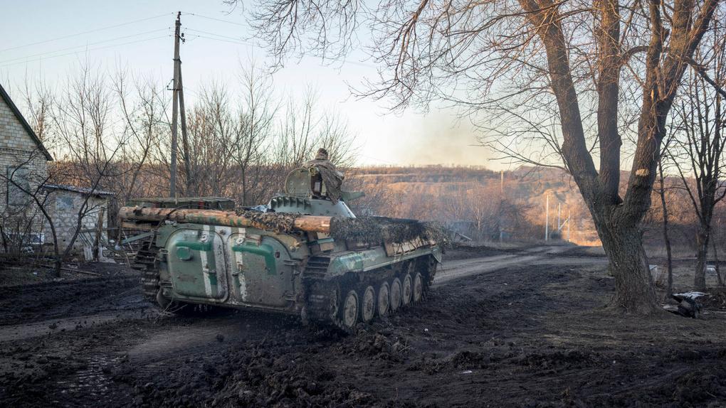 Ukraine: Behind the Zero Line