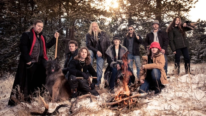Watch Alaskan Bush People Online