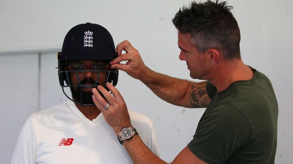 Episode 3 - Rob & Romesh Vs Cricket: South Africa