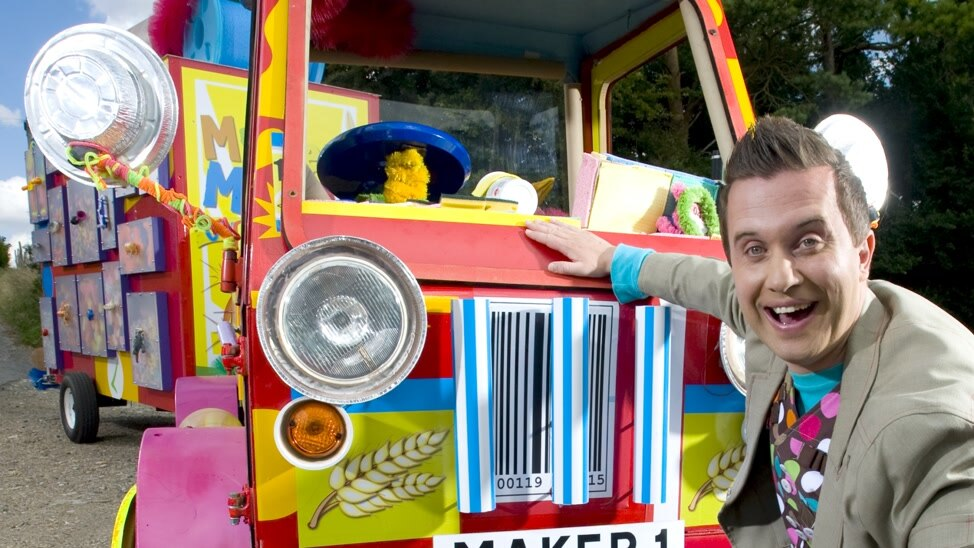 EPISODE 9 - Mister Maker Comes To Town 9