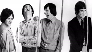 The Kinks: Echoes Of A World