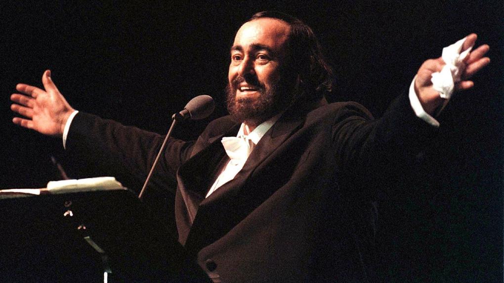 Luciano Pavarotti: Legends Of Opera