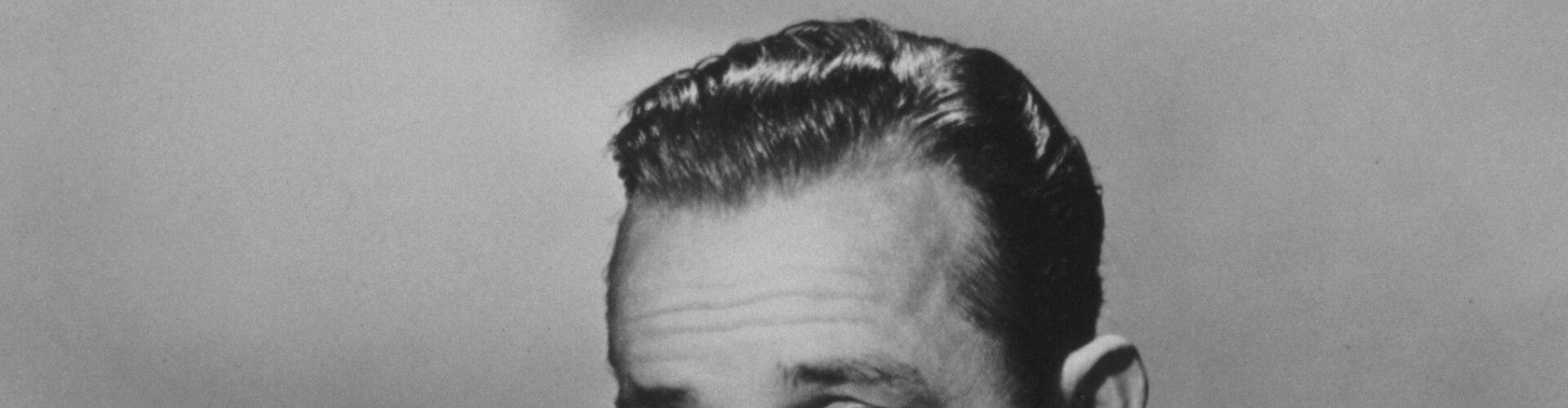 Watch The Legendary Bing Crosby Online