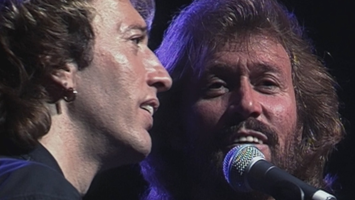 Bee Gees - Live In Melbourne...