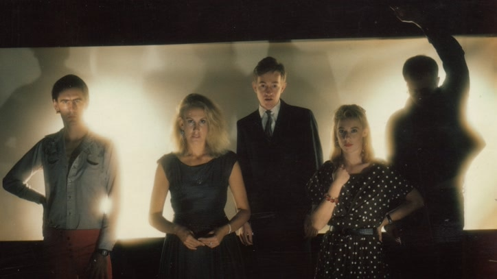 Watch The Go-Betweens: Right Here Online