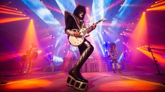Kiss Rocks Vegas image