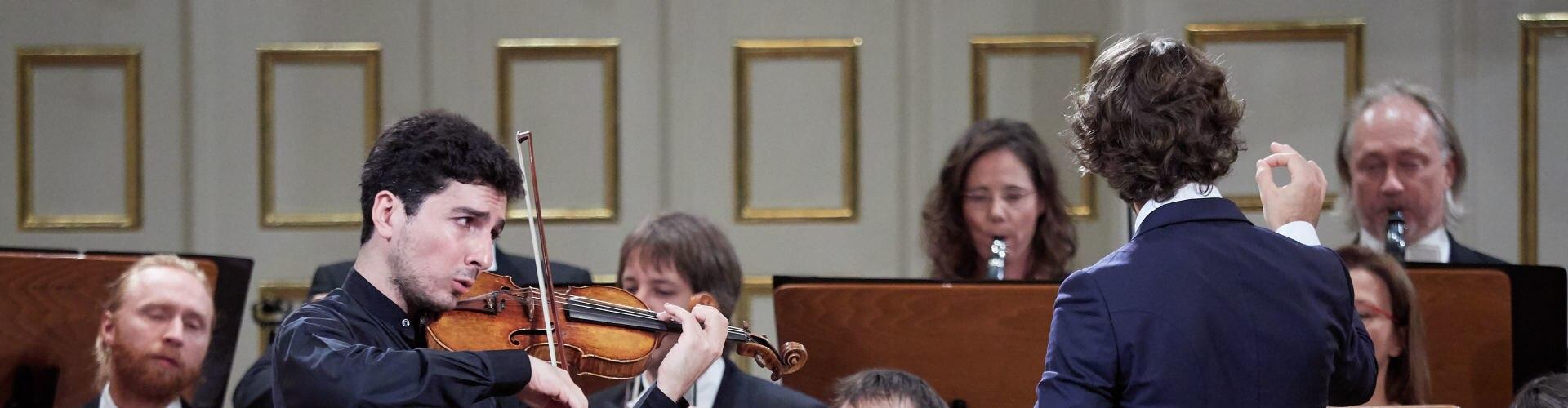 Watch Lorenzo Viotti Conducts... Online