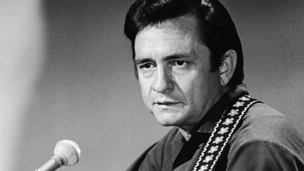 EPISODE 1 - Discovering: Johnny Cash