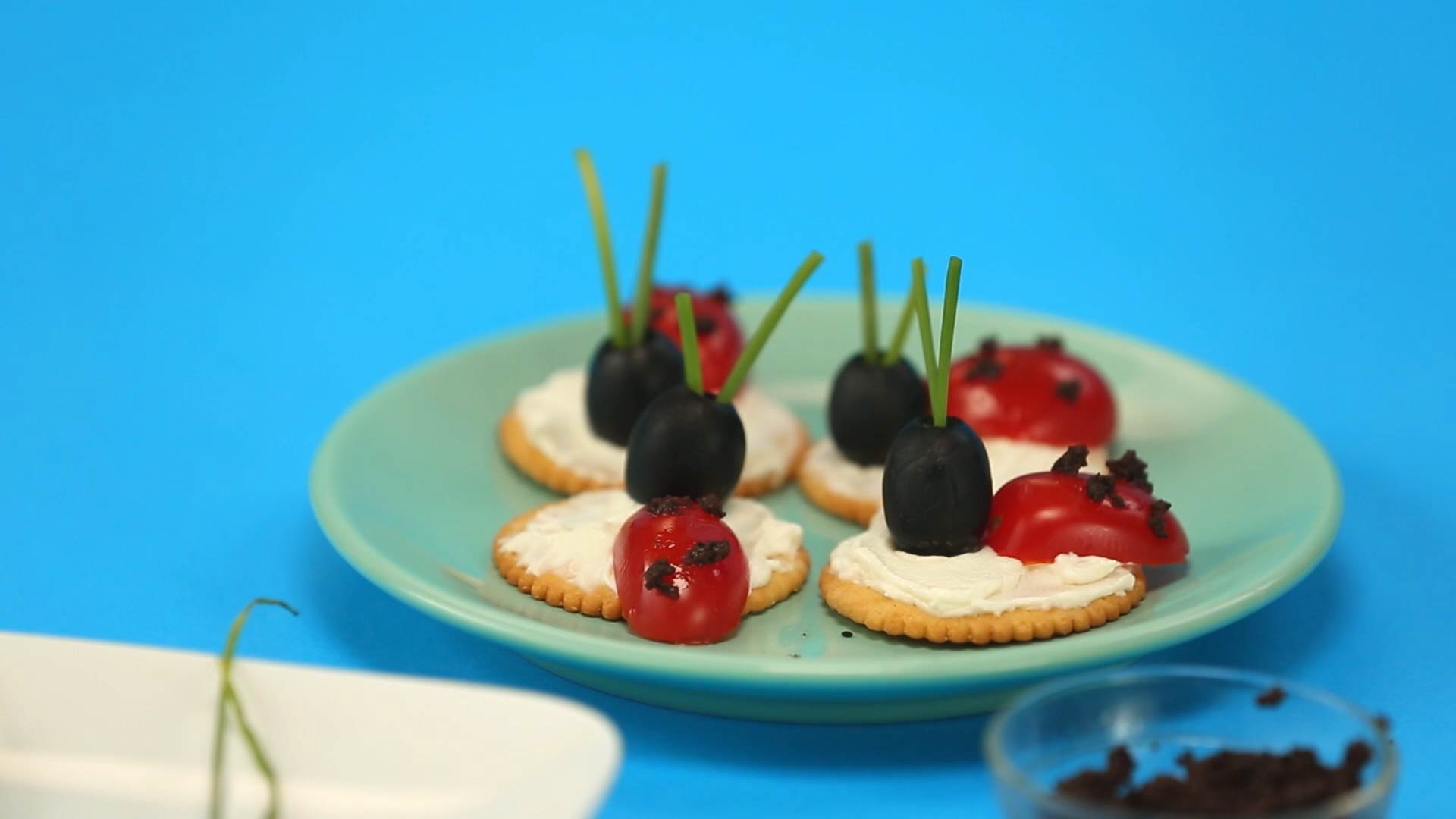 How To Make Yummy Ladybird Treats