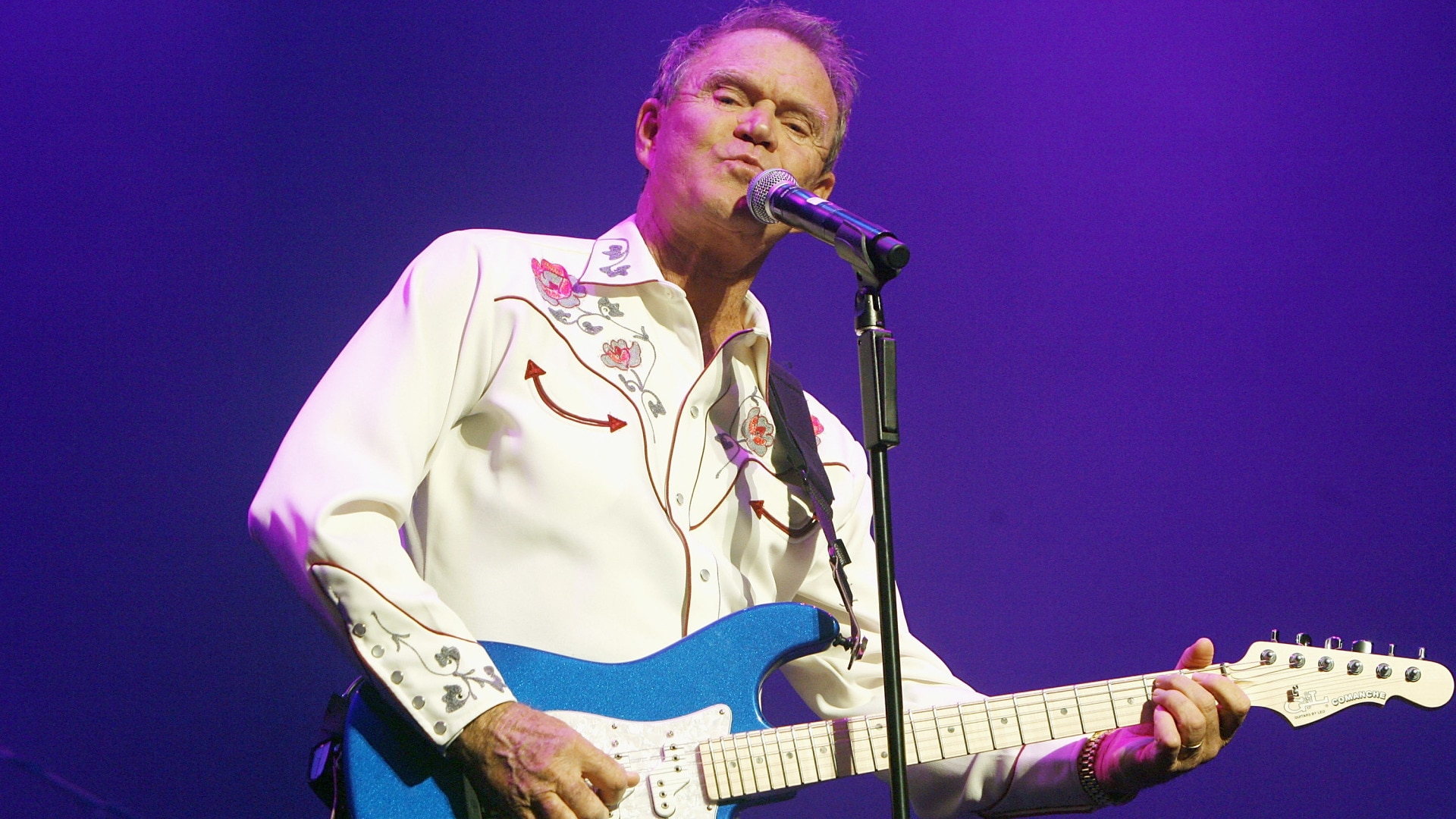 Glen Campbell: Music Icons