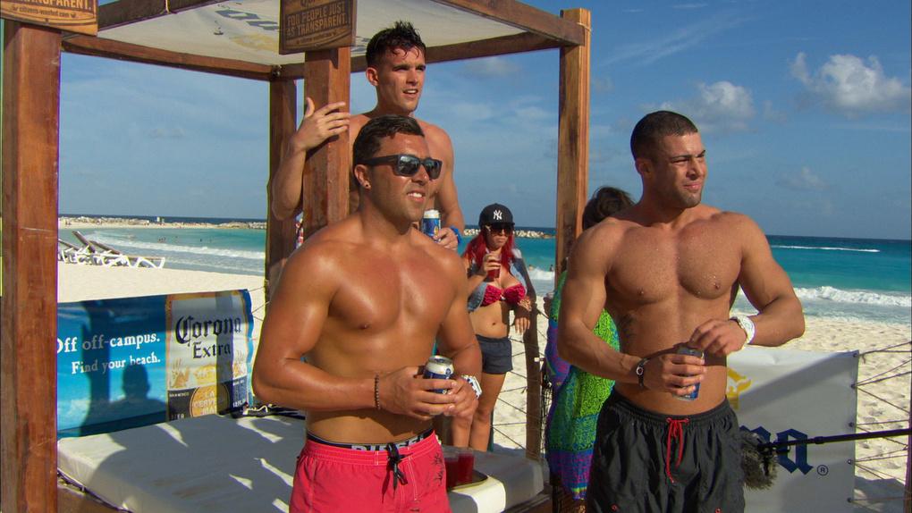 The Geordies Hit Cancun