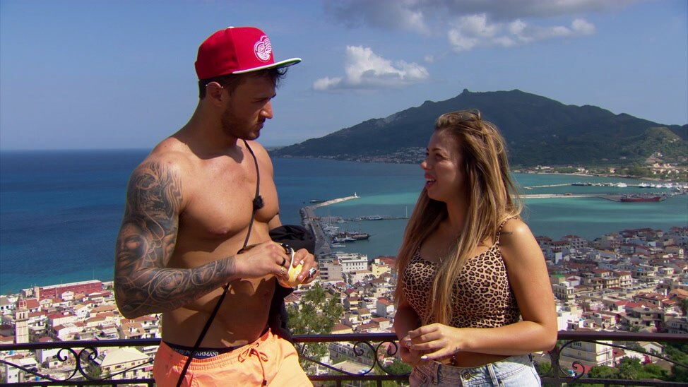 EPISODE 1 - Holly And Kyle's Bust Up
