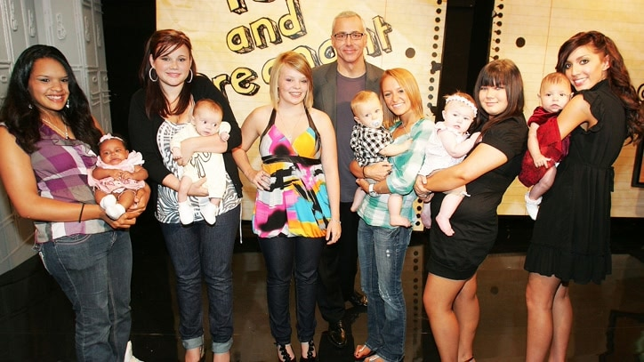 Watch 16 and Pregnant Online