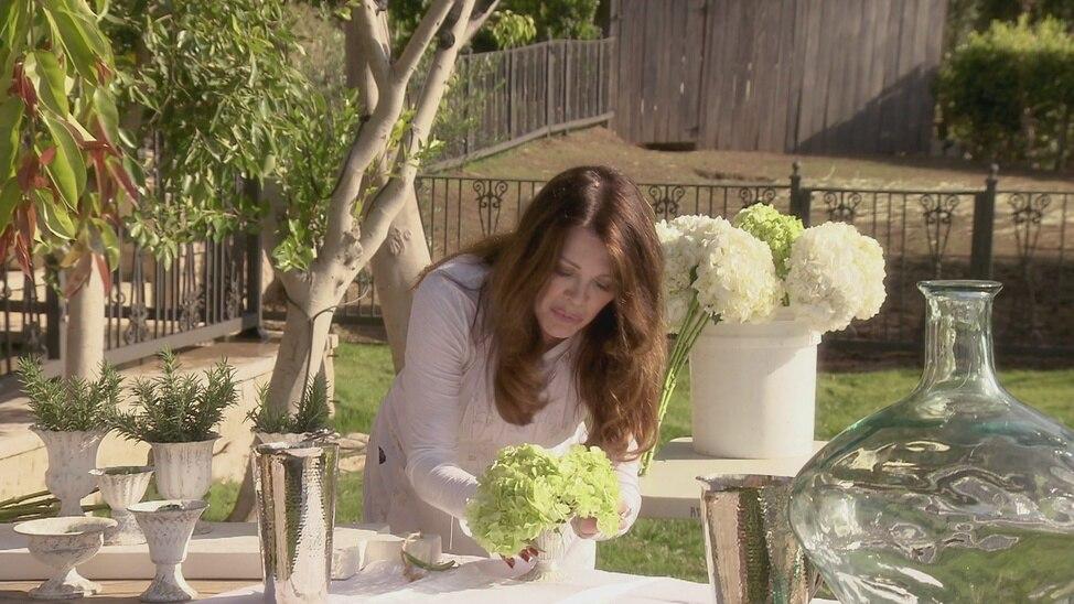 Episode 2 - A Tuscan Feast: Joel McHale & Cheryl Hin