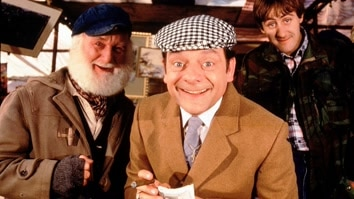 Only Fools and Horses: To Hull a...