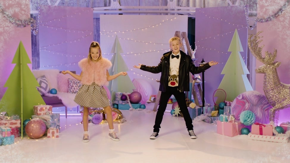 EPISODE 5 - Kidz Bop Kids - All I Want For Christmas