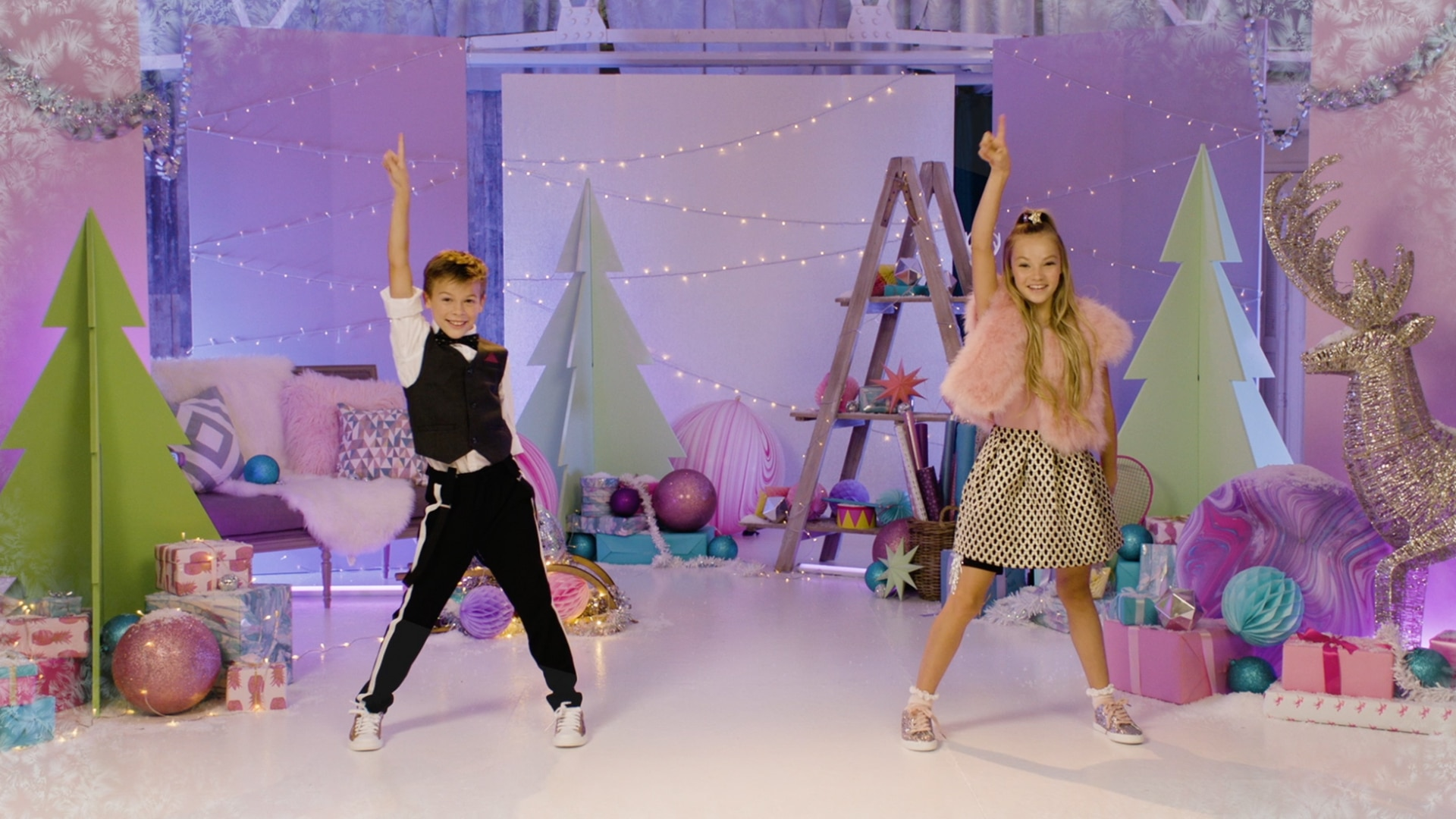 Kidz Bop Kids - Santa Claus Is Coming To