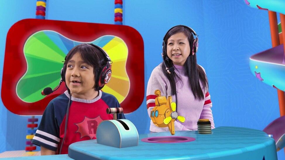 Episode 65 - Ryan's Deep Sea Playdate / Ryan's Busy Bee Playdate