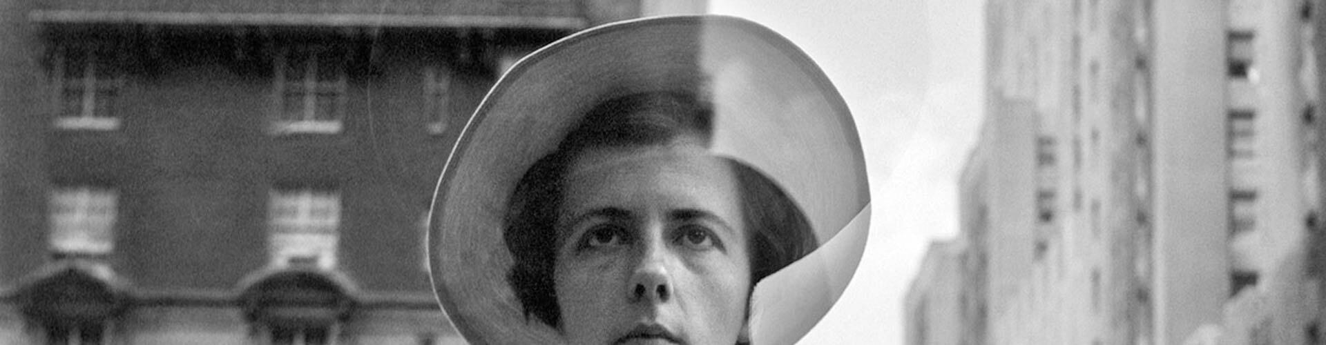 Watch Finding Vivian Maier Online