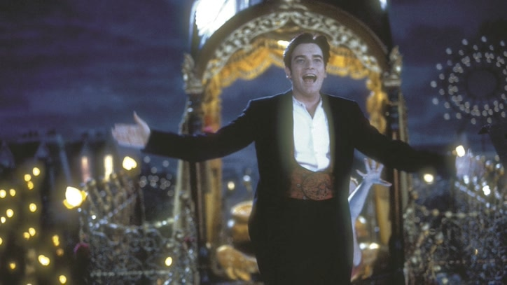 Watch Moulin Rouge! Online