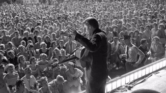 Elvis: The Searcher image