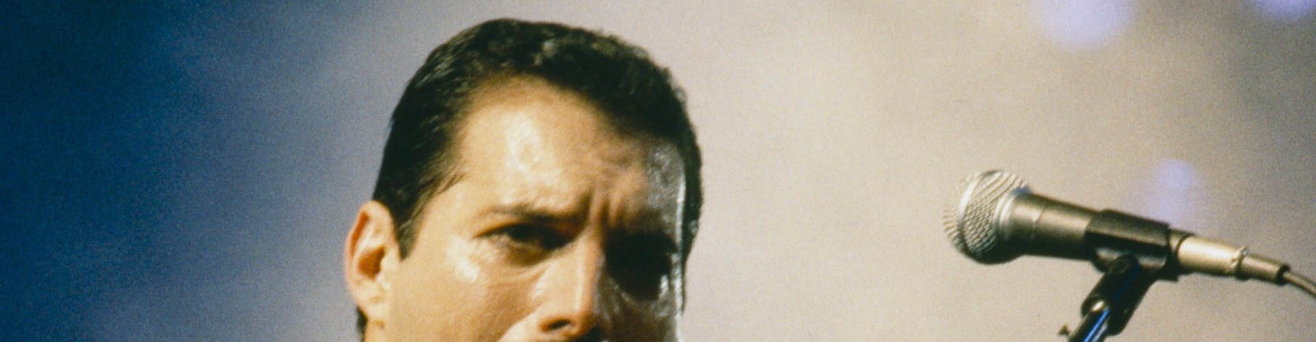 Watch Freddie Mercury: Tribute Concert Online
