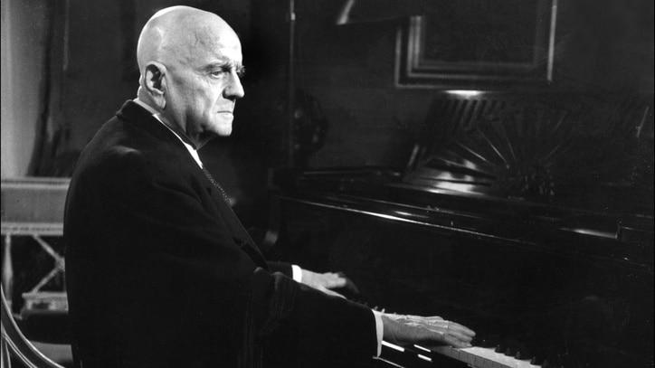 Watch Sibelius: Symphony No. 5 Online