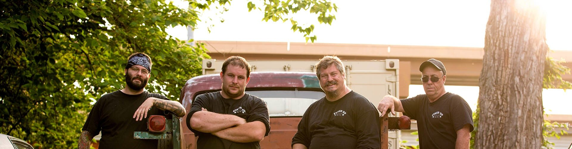 Watch Misfit Garage Online