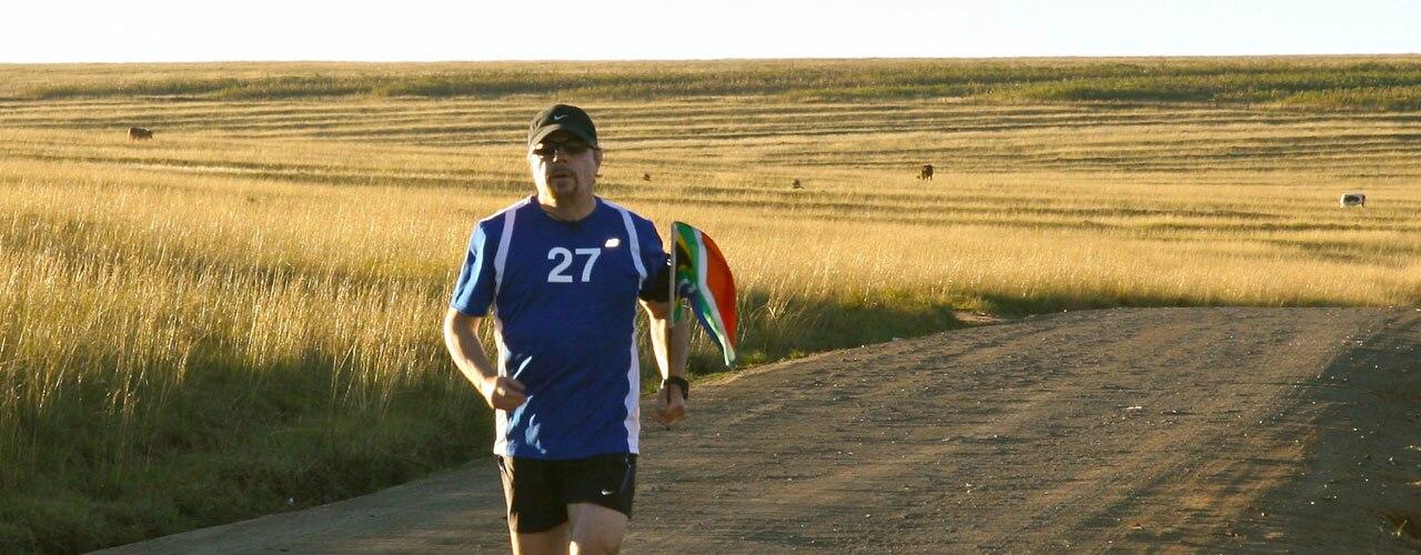 Watch Eddie Izzard's Mandela Marathons Online