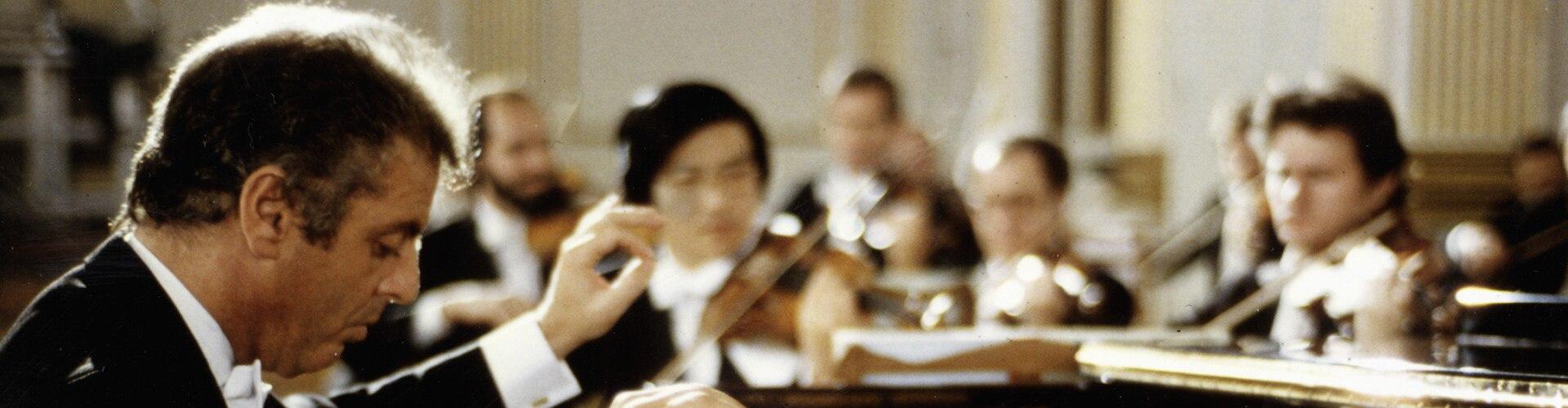 Watch Daniel Barenboim Plays Mozart Online