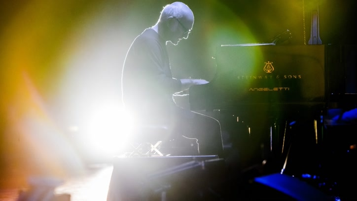 Watch Ludovico Einaudi: Elements... Online