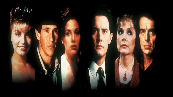 Watch Twin Peaks Online