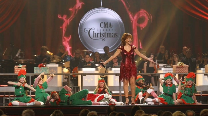 Watch CMA Country Christmas 2018 Online