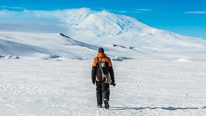 Watch Antarctica Online